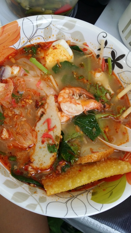 plats epices thailandais - sum tam et tom yum (1)