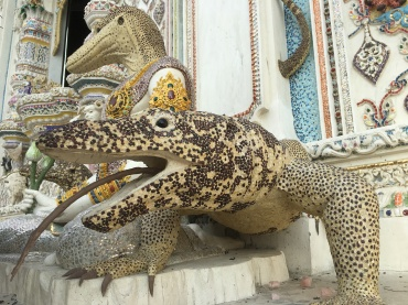 wat pariwat - david beckham temple (16)