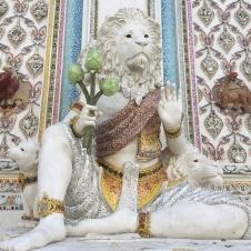 wat pariwat - david beckham temple (7)