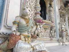 wat pariwat - david beckham temple (8)