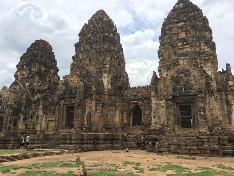 lopburi - temple PHRA PRANG SAN YOD (1)