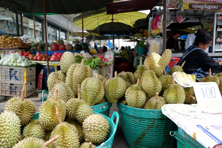 marche - restaurant - lopburi (1)