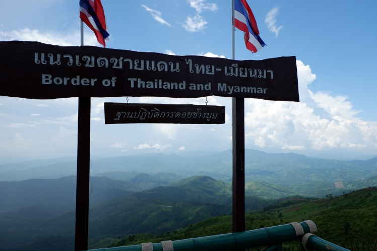 chiang rai - doi tung - high peak - border between myanmar and thailand (1)
