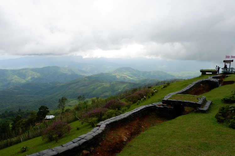 chiang rai - doi tung - high peak - border between myanmar and thailand (2)