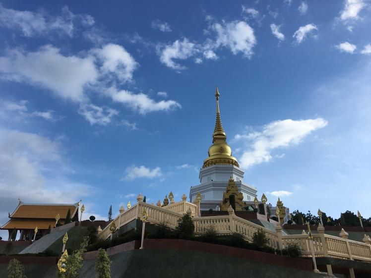 temple santitan - alentours de mae salong - villages ethniques