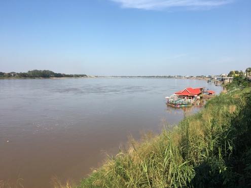 nong khai - frontiere laos thailande - nord udont thani (2)