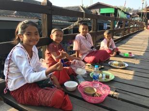 song khlaburi - market (2)