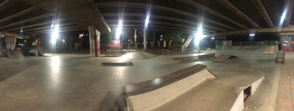 bangkok - pink skatepark - ekkamai (2)